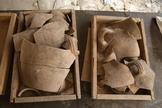 Durante a escavação, arqueólogos encontraram artefatos raros. (Foto: Eliyahu Yanai/City Of David)