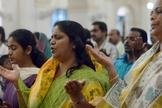 Cristãos participam de culto em igreja indiana. (Foto: Christians in Pakistan)