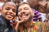 Joel Engel está desenvolvendo o Projeto Daniel, que visa apoiar crianças em situação de risco na África. (Foto: Ministério Engel)