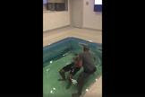 Três atletas de futebol americano foram batizados, nos Estados Unidos. (Foto: Reprodução/Facebook)