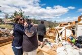 Um tornado do tipo EF-3 arruinou cerca de 26 casas em Elon, Virginia, EUA. (Foto: Facebook)
