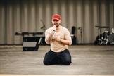 Javier disse que sua vida realmente mudou e testemunha nas igrejas. (Foto: Reprodução).