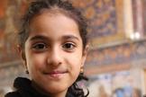 Imagem ilustrativa de menina iraniana. (Foto: Portas Abertas dos EUA)