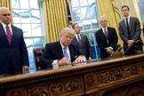 """O governo Trump impôs uma nova regra sobre a lei chamada """"Título X"""", proibindo que clínicas de aborto recebessem financiamento público. (Foto: AFP)"""