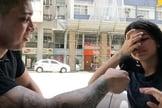 A jovem entrou em um debate de ideias com o policial militar e youtuber Gabriel Monteiro. (Imagem: Youtube / Reprodução)