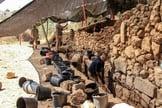 Arqueólogos descobrem as enormes muralhas de Quiriate-Jearim, em Israel. (Foto: Ariel David)