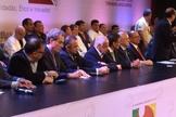 Diversas lideranças governamentais marcaram presença na mesa de abertura do 3ª Congresso Nacional da União Geral dos Trabalhadores (UGT).