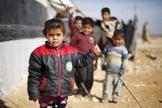 Crianças refugiadas sírias na cidade jordaniana de Mafraq, próximo a fronteira com a Síria. (Foto: Reuters/Muhammad Hamed)