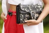 Muitos fashionistas tornaram um look que poderia ser comum em algo mega estiloso. (Foto: Reprodução/Anna Fasano)