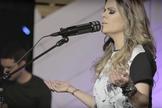 A cantora revelou que o conteúdo do álbum está recheado de palavras bíblicas. (Foto: Divulgação).