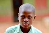 Allan Ssembatya sobreviveu a uma tentativa de sacrifício humano em um ritual de feitiçaria. (Foto: CBN News)