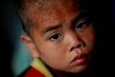 Criança norte-coreana em orfanato atingido por enchentes e tufões em Hwanghae Sul, em 2011. (Foto: Damir Sagolj/Reuters)