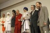 Líderes religiosos incentivam a união entre pessoas de diferentes religiões. (Foto: The Elijah Interfaith Institute)