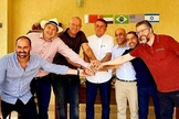 Presidente Jair Bolsonaro e embaixadores durante almoço na casa do deputado Eduardo Bolsonaro. (Foto: Reprodução)