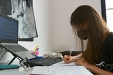Elisa Flemer ganhou oportunidades de estudo e estágio nos EUA. (Foto: Reprodução/TV TEM).