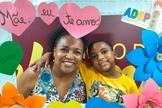 Luzineide Crispim e seu filho Pedro Yan. (Foto: Site Mulher Cristã).