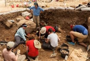 Arqueólogos escavam a área de Siló, região citada na Bíblia como o local da divisão das 12 tribos de Israel. (Foto: CBN News)