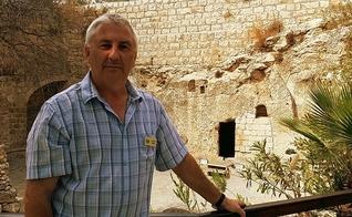 O pastor Stephen Bridge é diretor do Túmulo do Jardim, em Jerusalém.(Foto: The Garden Tomb)