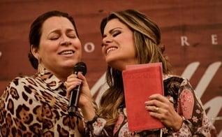 Helena Tannure e Ana Paula Valadão juntas no congresso Diante do Trono. (Foto: Quartel Design)