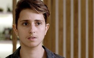 """Personagem Ivana decidiu mudar de gênero na novela """"Força do Querer"""", da rede Globo. (Imagem: Globo - Reprodução)"""