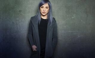 Jen Ledger ressaltou que não irá sair da banda Skillet. (Foto: Chrissy Yoder).