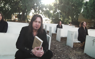 O disco é o projeto mais poderoso da Stryper até hoje. (Foto: Reprodução).