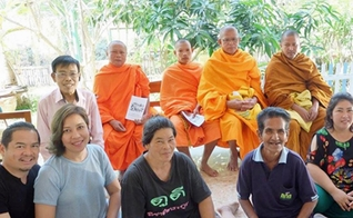 Missionários contam que milagres como este têm aberto portas para o evangelho nas aldeias da Tailândia. (Foto: World Outreach International)