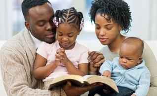 Valdeci Santos afirma que se Satanás destruir os relacionamentos entre pais e filhos, ele pode distorcer a mensagem do Evangelho para a humanidade. (Foto: Reprodução).