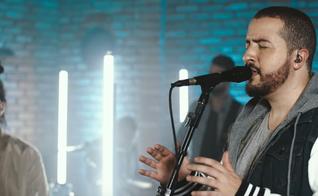 """O videoclipe escolhido foi da canção """"Emanuel"""", que faz parte de seu CD homônimo. (Foto: Reprodução)."""