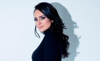 """Daniela Araújo lança sua turnê """"Piano e Voz"""" agora, no início de 2019. (Foto: Divulgação)"""