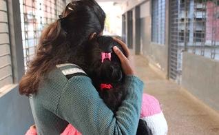 Bahia está estudando em uma escola bíblica e pretende voltar á sua vila para evangelizar os moradores, inclusive aqueles que a espancaram. (Foto: Portas Abertas)