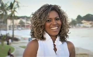 Débora Brasil falou sobre sua luta contra a depressão e a síndrome do pânico. (Imagem: R7 / Reprodução)