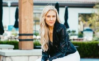 Andrea White foi atriz e modelo em Hollywood. (Foto: Facebook / Andrea White)