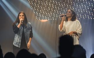 """Thaiane Seghetto está lançando """"Perto Eu Quero Estar"""", com participação de Julia Vitória. (Foto: Divulgação)"""