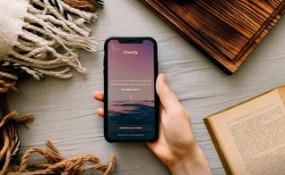 Glorify é um aplicativo de leitura bíblica, meditação cristã e oração. (Foto: Divulgação)