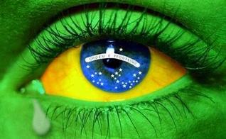Bandeira do Brasil estampada em olho humano. (Imagem: Sossego News)