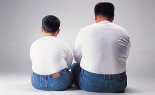 O efeito parental é mais do que o dobro nas crianças obesas do que nas mais magras. (Foto: Reprodução)
