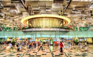 Terminal 3 do aeroporto de Changi, em Singapura. (Foto: Reprodução)
