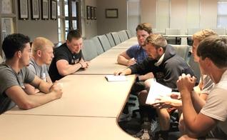 O ensino da Bíblia teve impacto na cultura da equipe e na atuação em campo. (Foto: Caitlyn Nelson)