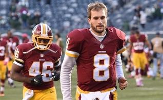 Kirk Cousins atua na equipe Washington Redskins na Liga Nacional de Futebol Americano. (Foto: Reprodução)