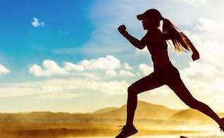 Emagrecer pode ser um desafio para muitos. Veja dicas que podem te ajudar a perder peso de forma saudável. (Foto: Shutterstock)