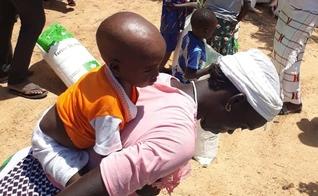 Milhares de cristãos em Burkina Faso são deslocados e destituídos de suas terras por causa das ameaças terroristas. (Foto: Reproduçãp/Barnabas Fund)