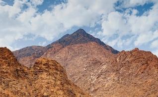 O verdadeiro Monte Sinai (Foto: Reprodução / Jebel al Lawz)