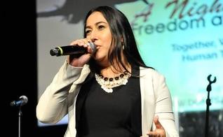 Jeannie Ortega Law é ministra de louvor, escritora e palestrante nos EUA. (Foto: Instagram)