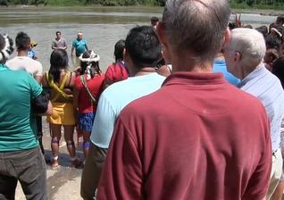 Indígenas da tribo Yanomami ouviram o Evangelho através da ousadia de missionários. (Foto: Reprodução)