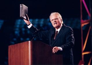 Pregação de Billy Graham, o evangelista que mais influenciou o mundo. (Foto: Billy Graham Evangelistic Association)