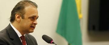 """""""É interessante a acirrada luta por títulos que existe hoje"""", exorta pastor durante pregação"""