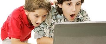 Uma em cada três crianças de 10 anos de idade acessam pornografia, segundo pesquisa
