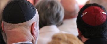 Judeus são aconselhados a evitar o uso de quipá em áreas muçulmanas na Alemanha