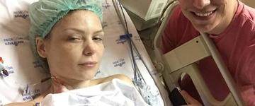"""Bianca Toledo passa por nova cirurgia e testemunha: """"Estou literalmente na palma da mão da Deus"""""""